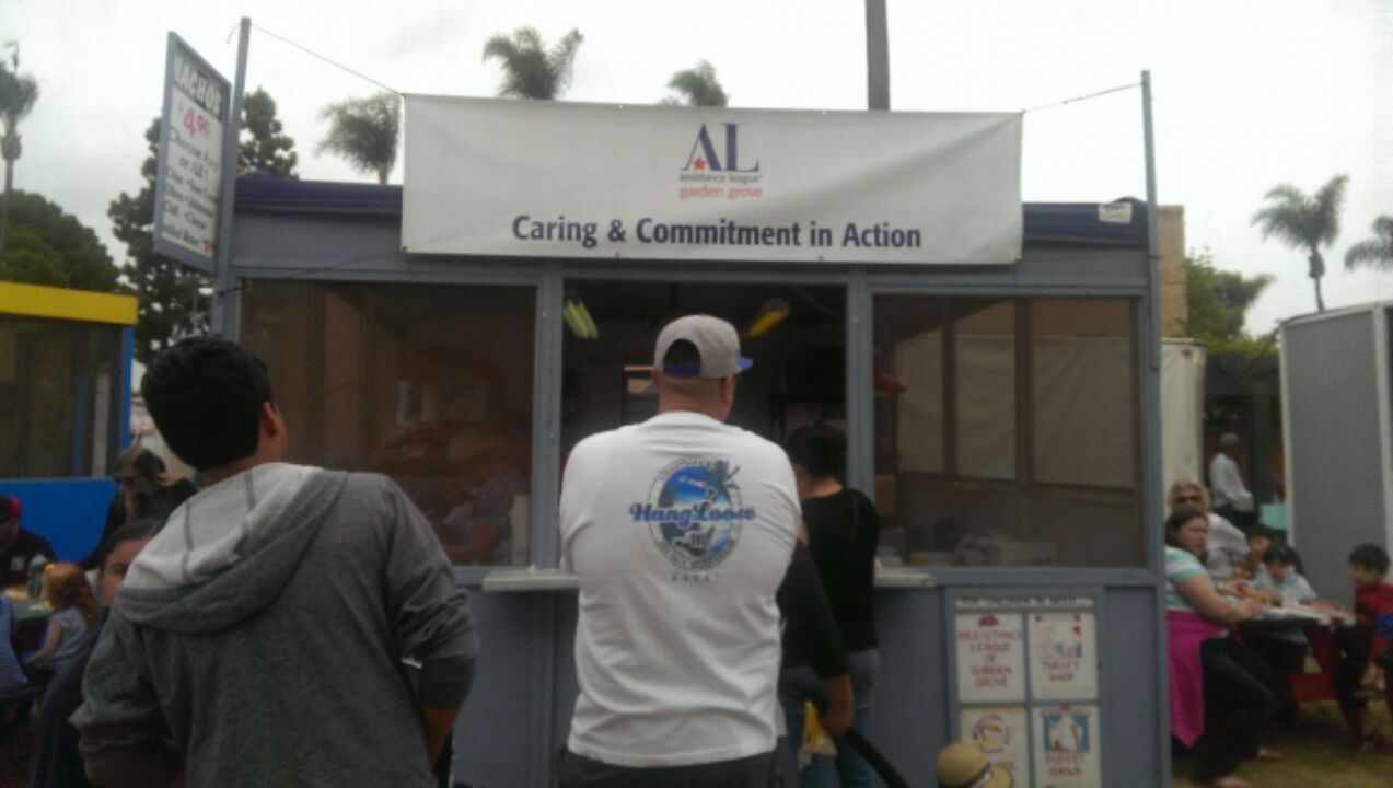 Garden Grove Assistance League Ran Nacho Stand At Strawberry Festival Garden Grove United